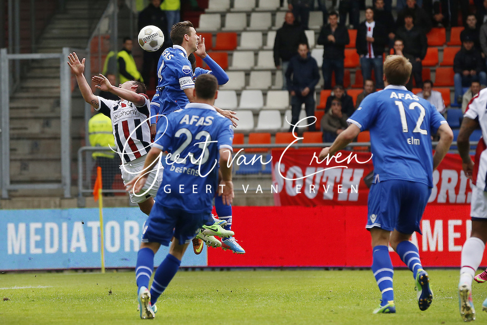0 - 2 own goal of Wijnaldum met Nicky Hofs