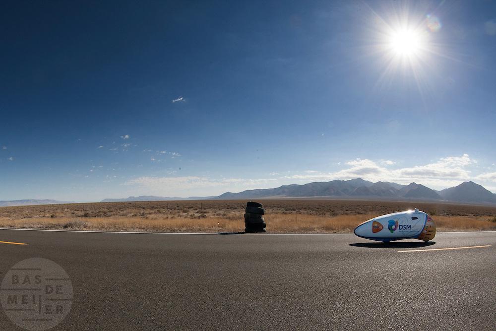 Sebastiaan Bowier is onderweg in de VeloX2. In de buurt van Battle Mountain, Nevada, strijden van 10 tot en met 15 september 2012 verschillende teams om het wereldrecord fietsen tijdens de World Human Powered Speed Challenge. Het huidige record is 133 km/h.<br /> <br /> Sebastiaan Bowier in the VeloX2. Near Battle Mountain, Nevada, several teams are trying to set a new world record cycling at the World Human Powered Vehicle Speed Challenge from Sept. 10th till Sept. 15th. The current record is 133 km/h.