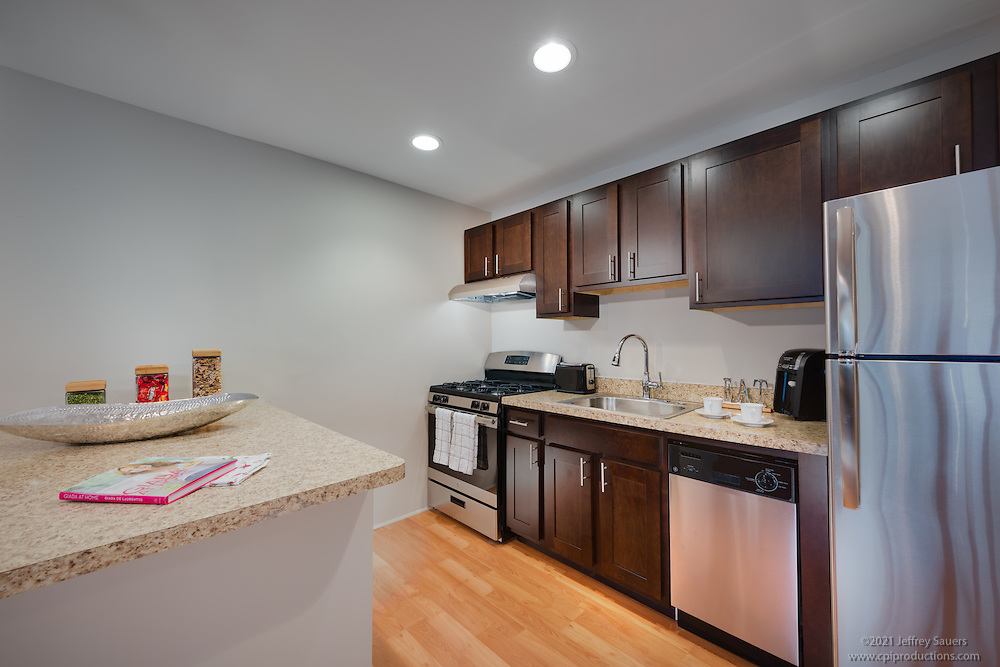 Canterbury Square Apartments Model unit in Fort Belvoir by Jeffrey Sauers of Commercial Photographics, Architectural Photo Artistry in Washington DC, Virginia to Florida and PA to New England