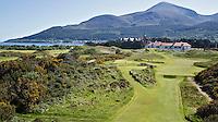 NEWCASTLE NORTHERN IRELAND-  Hole 10 en 11.     , ROYAL COUNTY DOWN GC, nr. 3 van de wereldranglijst. .  COPYRIGHT KOEN SUYK