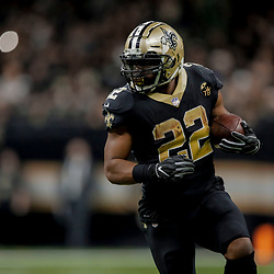 Dec 23, 2018; New Orleans, LA, USA; New Orleans Saints running back Mark Ingram II (22) runs against the Pittsburgh Steelers during the second half at the Mercedes-Benz Superdome. Mandatory Credit: Derick E. Hingle-USA TODAY Sports