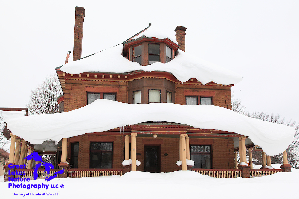 This is the Victorian Hall bed & breakfast in Laurium. Needless to say, it's not open in the winter. It is a wonderful example of the Victorian architecture that characterizes a number of the mansions that were built in the early 1900s by copper industry moguls.