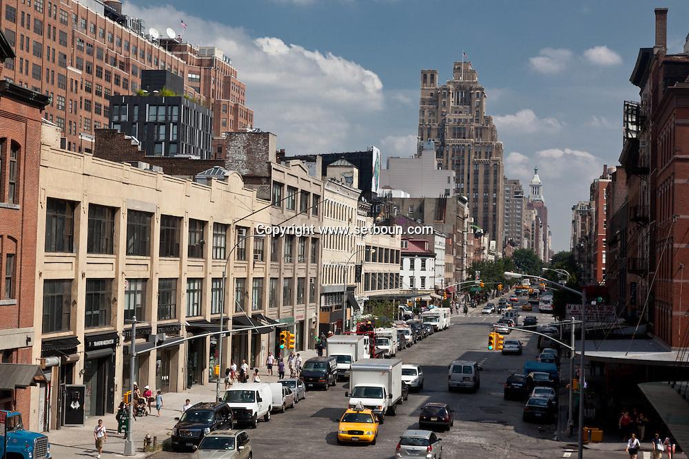 New York.    Chelsea , elevated view on 14th street  / la 14em rue vue d'en haut