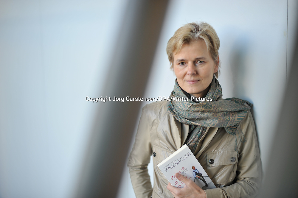Copyright Jorg Carstensen/DPA/Writer Pictures<br /> contact +44 (0)20 822 41564 <br /> sales@writerpictures.com <br /> www.writerpictures.com
