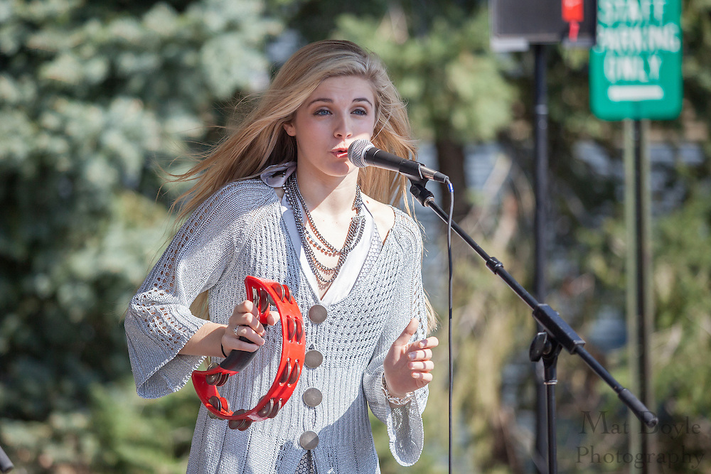 Payton Taylor performs during the Blackwood Pumpkin Festival on Sunday October 14, 2012. (photo / Mat Boyle)