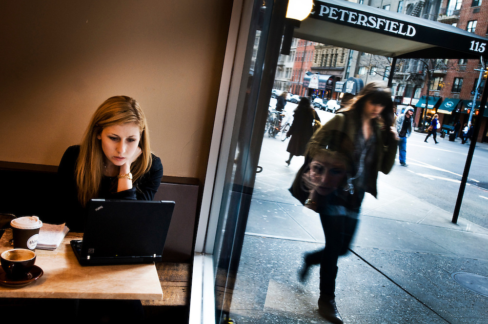 Fashion reporter Meredith Stebbins in Manhattan..Photographer: Chris Maluszynski /MOMENT