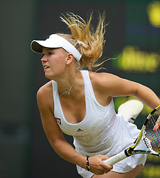 LONDON, ENGLAND - Thursday, June 24, 2010: Caroline Wozniacki (DEN) during the Ladies' Singles 2nd Round on day four of the Wimbledon Lawn Tennis Championships at the All England Lawn Tennis and Croquet Club. (Pic by David Rawcliffe/Propaganda)