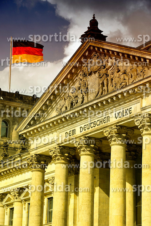 03.09.2013, Berlin, GER, deutscher Bundestag, Reichtagsgebaeude, im Bild Deutsche Flagge weht auf dem Reichstagsgebaeude // German flag flies at the Reichstag building in Berlin, Germany on 2013/09/03. EXPA Pictures &copy; 2013, PhotoCredit: EXPA/ Eibner/ Michael Weber<br /> <br /> ***** ATTENTION - OUT OF GER *****