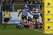 Gloucester second row Ed Slater (5) scores the wining try 20-20 second half before the conversion during the Aviva Premiership match between Bath Rugby and Gloucester Rugby at the Recreation Ground, Bath, United Kingdom on 29 October 2017. Photo by Gary Learmonth.