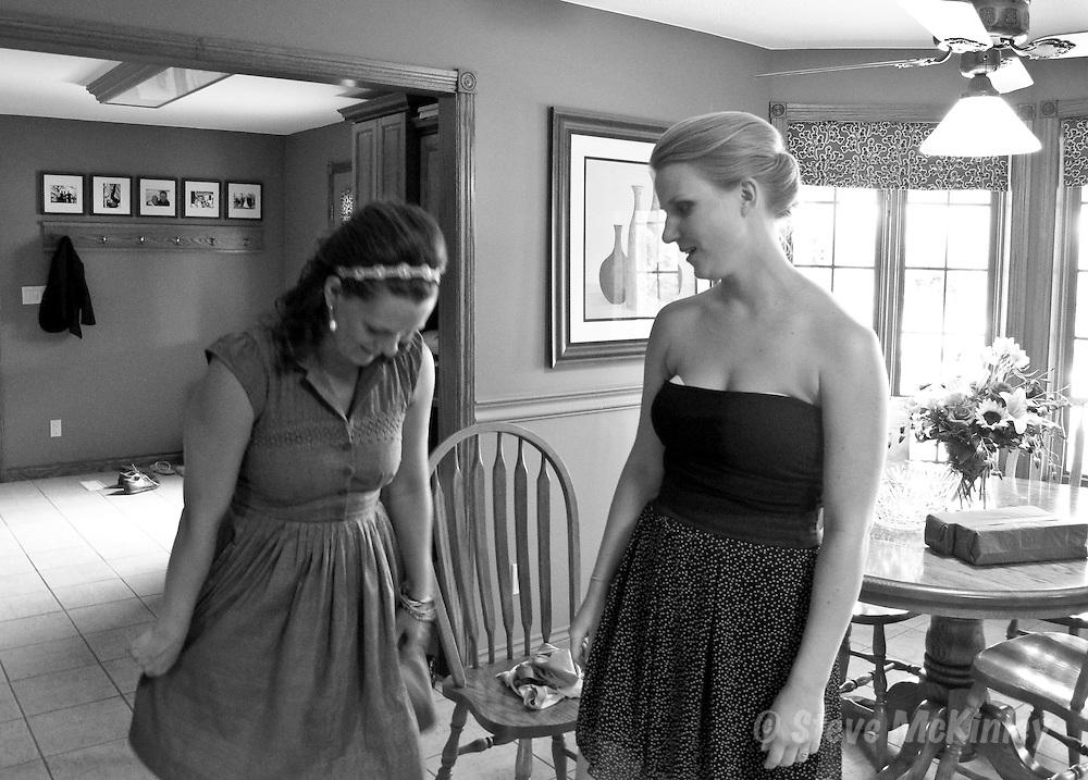 ARKONA, ON: JUNE 26, 2010 --  Gene Shannon and Deb Aarts are married in Arkona, Ont., June 26, 2010.            (Steve McKinley photo)