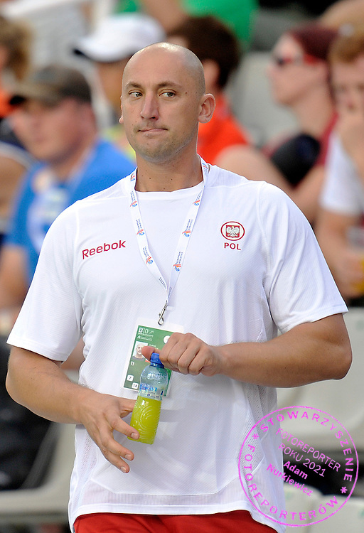 ANDRZEJ KRAWCZYK - PHYSIOTHERAPIST OF PIOTR MALACHOWSKI (POLAND) WHILE THE MEN'S DISCUS FINAL DURING THE 2010 EUROPEAN ATHLETICS CHAMPIONSHIPS AT OLYMPIC STADIUM IN BARCELONA, SPAIN...SPAIN , BARCELONA , AUGUST 1, 2010..( PHOTO BY ADAM NURKIEWICZ / MEDIASPORT )..PICTURE ALSO AVAIBLE IN RAW OR TIFF FORMAT ON SPECIAL REQUEST.