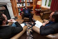 31 MAY 2010, BERLIN/GERMANY:<br /> Jagdish Natwarlal Bhagwati, indischer Oekonom und Professor fuer Politik und Wirtschaft an der Columbia University, Thomas Fricke (L) und Martin Kaelble (R), G+J Wirtschaftsmedien, waehrend einem Interview, Bibiothek der American Academy<br /> IMAGE: 20100531-02-081<br /> KEYWORDS: Jagdish Bhagwati, Ökonom