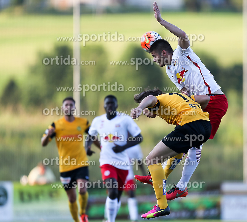 01.07.2016, Sportarena, Strasswalchen, AUT, Testspiel, FC Red Bull Salzburg vs BSC Young Boys, im Bild v.l. Michael Frey (BSC Young Boys Bern), Duje Caleta Car (FC Red Bull Salzburg) // during a friendly football match between FC Red Bull Salzburg and BSC Young Boys at the Sportarena in Strasswalchen, Austria on 2016/07/01. EXPA Pictures © 2016, PhotoCredit: EXPA/ Roland Hackl