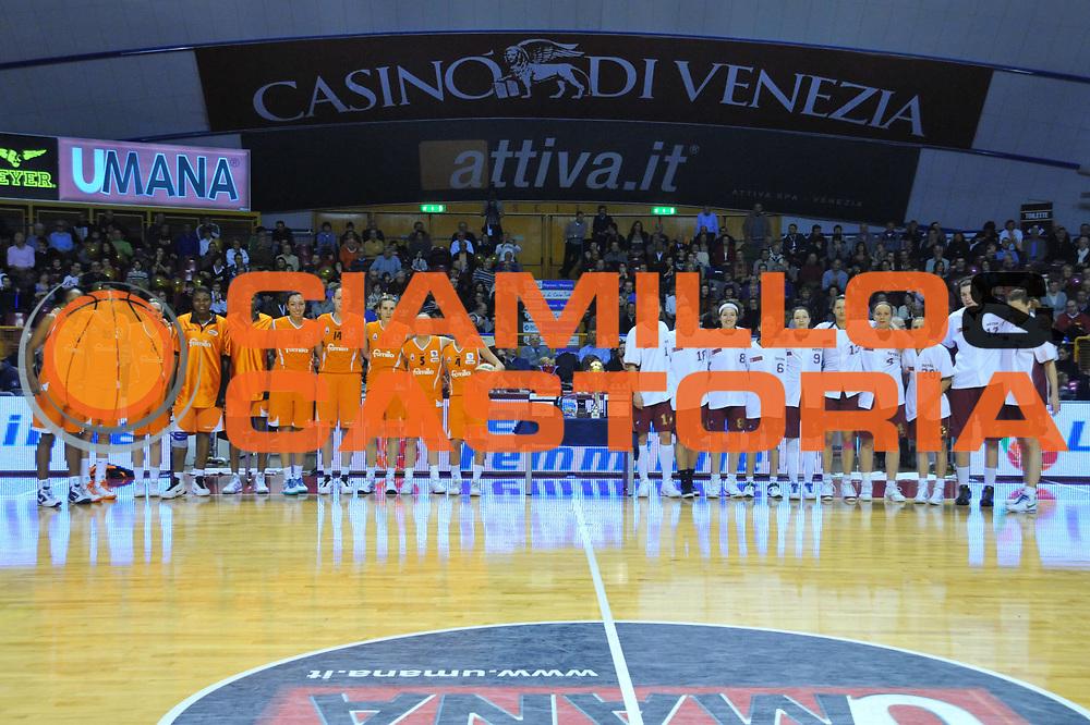 DESCRIZIONE : Venezia Lega A1 Femminile 2009-10 Coppa Italia Finale Famila Wuber Schio Umana Reyer Venezia<br /> GIOCATORE : Team Famila Team reyer <br /> SQUADRA : Famila Wuber Schio Umana Reyer Venezia<br /> EVENTO : Campionato Lega A1 Femminile 2009-2010 <br /> GARA : Famila Wuber Schio Umana Reyer Venezia<br /> DATA : 07/03/2010 <br /> CATEGORIA : Before<br /> SPORT : Pallacanestro <br /> AUTORE : Agenzia Ciamillo-Castoria/M.Gregolin<br /> Galleria : Lega Basket Femminile 2009-2010 <br /> Fotonotizia : Venezia Lega A1 Femminile 2009-10 Coppa Italia Finale Famila Wuber Schio Umana Reyer Venezia<br /> Predefinita :