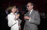 Jo Elvin and Nicholas Coleridge. Glamour magazine launch party. Red Cube. 6 March 2001. © Copyright Photograph by Dafydd Jones 66 Stockwell Park Rd. London SW9 0DA Tel 020 7733 0108 www.dafjones.com