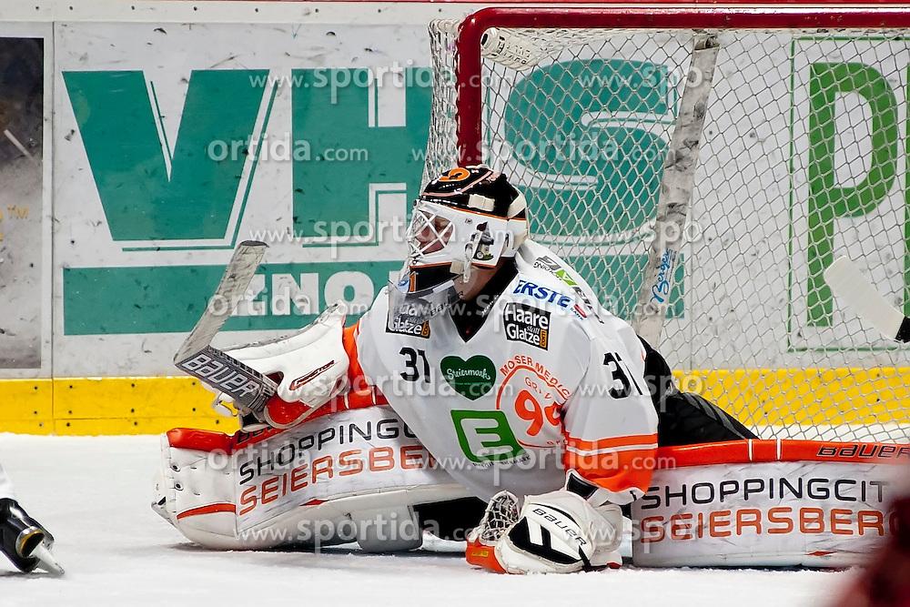 25.09.2015, Ice Rink, Znojmo, CZE, EBEL, HC Orli Znojmo vs Moser Medical Graz 99ers, 5. Runde, im Bild Sebastian Dahm (Graz 99ers) // during the Erste Bank Icehockey League 5th round match between HC Orli Znojmo and Moser Medical Graz 99ers at the Ice Rink in Znojmo, Czech Republic on 2015/09/25. EXPA Pictures © 2015, PhotoCredit: EXPA/ Rostislav Pfeffer