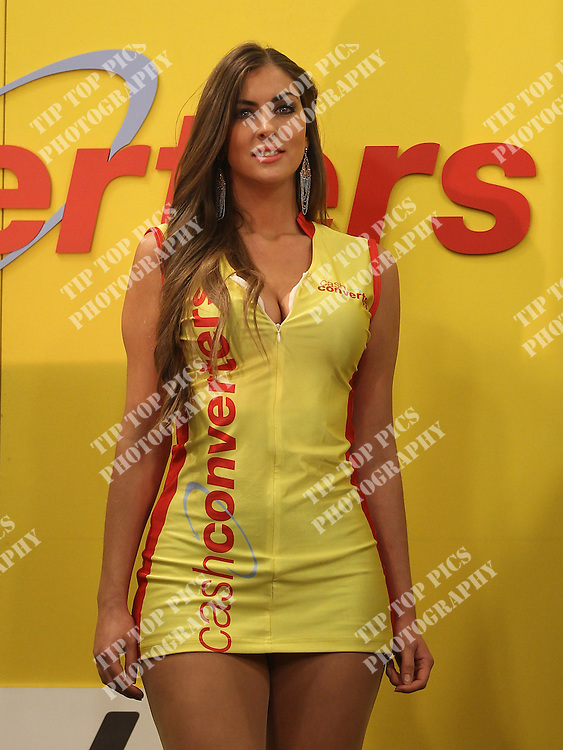 CASH CONVERTERS PLAYERS CHAPIONSHIP 2012 .ROUND 1 ,PDC, DARTS, WESLEY NEWTON,GARY ANDERSON