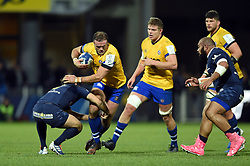 Jamie Roberts of Bath Rugby takes on the Clermont Auvergne defence - Mandatory byline: Patrick Khachfe/JMP - 07966 386802 - 15/12/2019 - RUGBY UNION - Stade Marcel-Michelin - Clermont-Ferrand, France - Clermont Auvergne v Bath Rugby - Heineken Champions Cup
