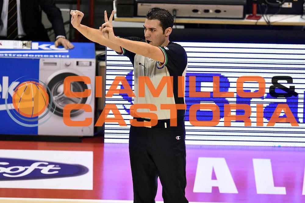 DESCRIZIONE : Pistoia Lega A 2014-2015 Giorgio Tesi Group Pistoia Acea Roma<br /> GIOCATORE : arbitro<br /> CATEGORIA : arbitro<br /> SQUADRA : arbitro<br /> EVENTO : Campionato Lega A 2014-2015<br /> GARA : Giorgio Tesi Group Pistoia Acea Roma<br /> DATA : 30/11/2014<br /> SPORT : Pallacanestro<br /> AUTORE : Agenzia Ciamillo-Castoria/GiulioCiamillo<br /> GALLERIA : Lega Basket A 2014-2015<br /> FOTONOTIZIA : Pistoia Lega A 2014-2015 Giorgio Tesi Group Pistoia Acea Roma<br /> PREDEFINITA :