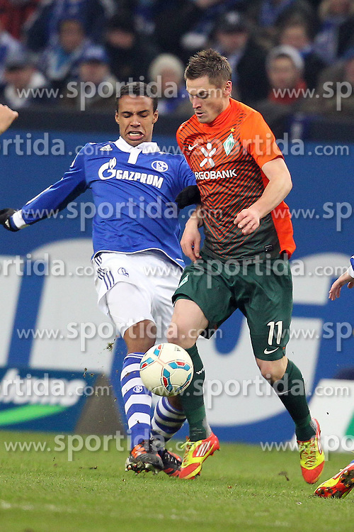 13.12.2011, Arena auf Schalke, Gelsenkirchen, GER, 1.FBL, Schalke 04 vs Werder Bremen, im BildMarkus Rosenberg (Bremen #11) gegen Joel Matip (Schalke #32) // during the 1.FBL, Schalke 04 vs Werder Bremen on 2011/12/17, Arena auf Schalke, Gelsenkirchen, Germany. EXPA Pictures © 2011, PhotoCredit: EXPA/ nph/ Mueller..***** ATTENTION - OUT OF GER, CRO *****