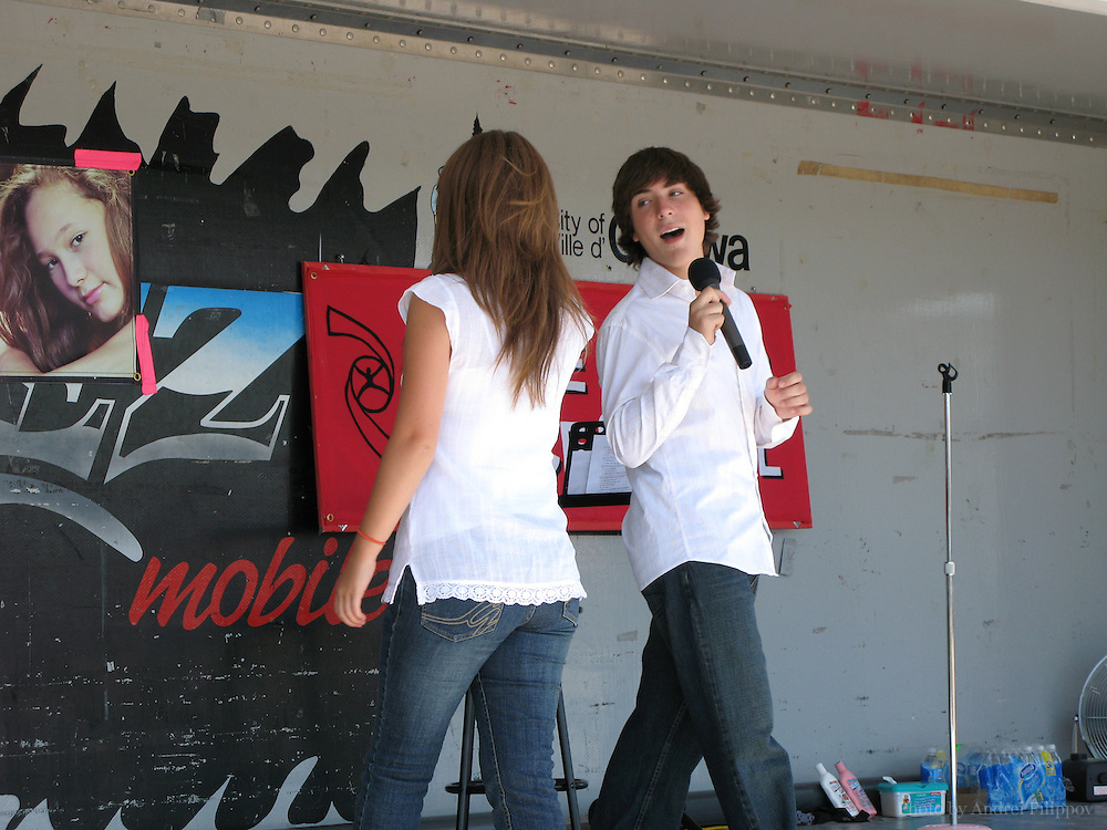 Alex Lacasse and Kira Isabella performing at Fallingbrook Summerfest in Orleans, Ontario on August 5, 2007.