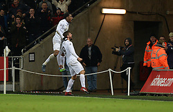 Fernando Llorente of Swansea City celebrates the winning goal with Leroy Fer of Swansea City - Mandatory by-line: Alex James/JMP - 26/11/2016 - FOOTBALL - Liberty Stadium - Swansea, England - Swansea City v Crystal Palace - Premier League