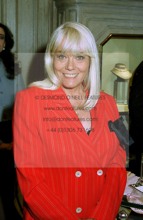 Actress WENDY RICHARDS at a party in London on 9th June 1997.LZB 6