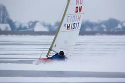 OFK (Open Fries Kampioenschap) DN Ijszeilen. Winnaar werd Dennis de Ruiter H852 met  4 x 1 en een 3. Tjeukemeer, Friesland,  23 januari  2013