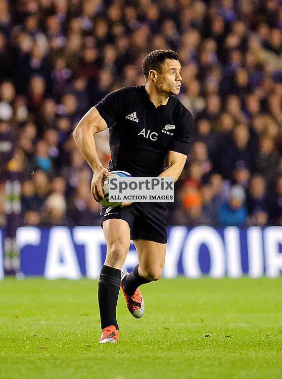 15/11/2014, Murrayfield, Scotland, Daniel Carter on the ball during the Scotland v New Zealand Autumn Test game,.......(c) COLIN LUNN | SportPix.org.uk