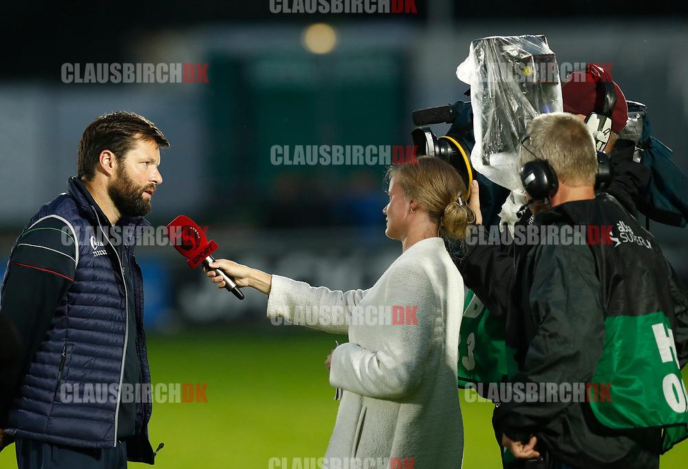 FODBOLD: Cheftræner Christian Lønstrup (FC Helsingør) giver interview til TV3 sport efter kampen i ALKA Superligaen mellem FC Helsingør og OB den 24. juli 2017 på Helsingør Stadion. Foto: Claus Birch