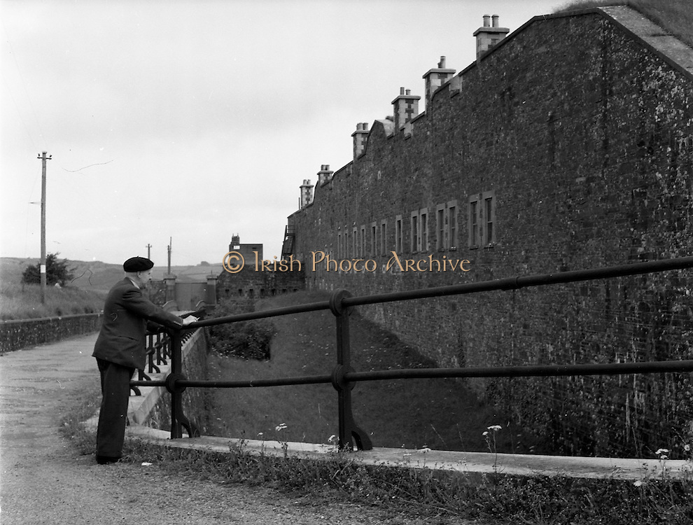 01/02/1957<br /> 02/01/1957<br /> 01 February 1957<br /> View of Camden Fort Meagher, near Crosshaven, Co. Cork.