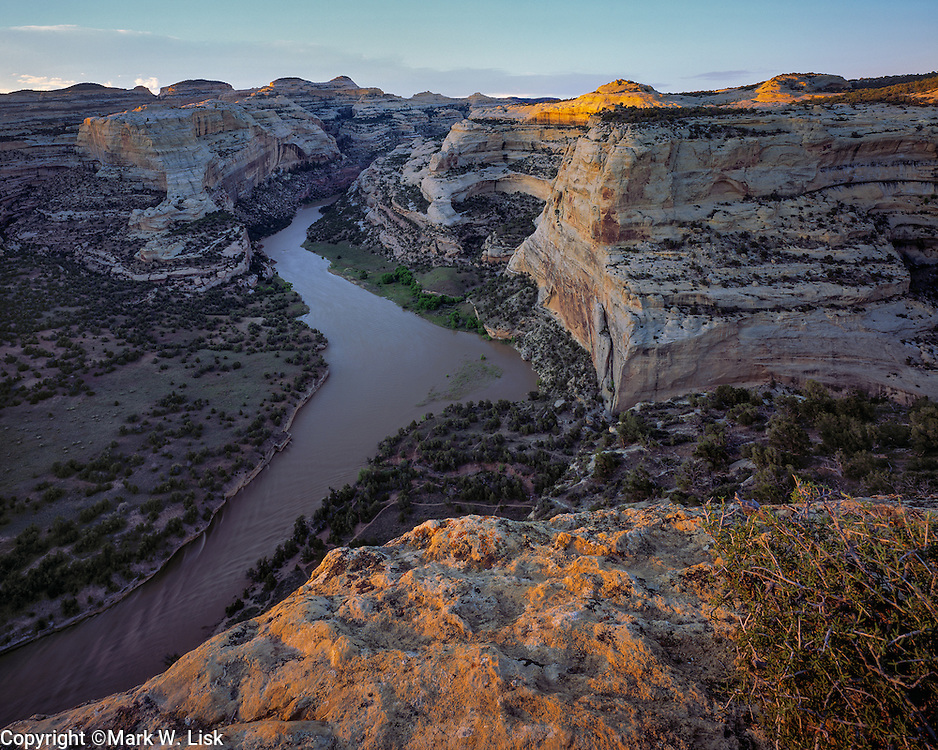 The Yampa river flows through the sandstone cliffs at Harding Hole, Dinasour Natiional Park, on its way to its confluence with the Green River.