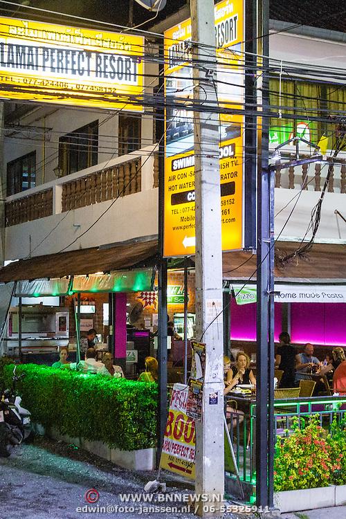 THA/Koh Samui/20160804 - Vakantie Thailand 2016 Koh Samui, straatbeeld Lamai