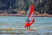 Wind surfing on the Columbia River at the Hood River Waterfront, Oregon, USA, 200809020853.<br />