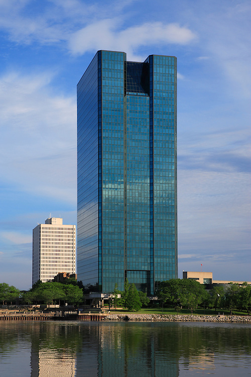 OI Building in Toledo, Ohio