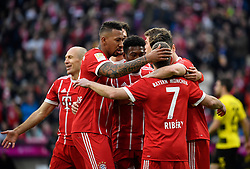 31.03.2018, Allianz Arena, Muenchen, GER, 1. FBL, FC Bayern Muenchen vs Borussia Dortmund, 28. Runde, im Bild TOR zum 1:0 durch Robert Lewandowski FC Bayern München Torjubel // during the German Bundesliga 28th round match between FC Bayern Munich and Borussia Dortmund at the Allianz Arena in Muenchen, Germany on 2018/03/31. EXPA Pictures © 2018, PhotoCredit: EXPA/ Eibner-Pressefoto/ Weber<br /> <br /> *****ATTENTION - OUT of GER*****