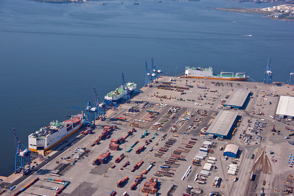 Port of Baltimore Dundalk Marine Terminal aerial image of Atlantic Container Grimaldi Lines by Jeffrey Sauers of Commerccial Photographics