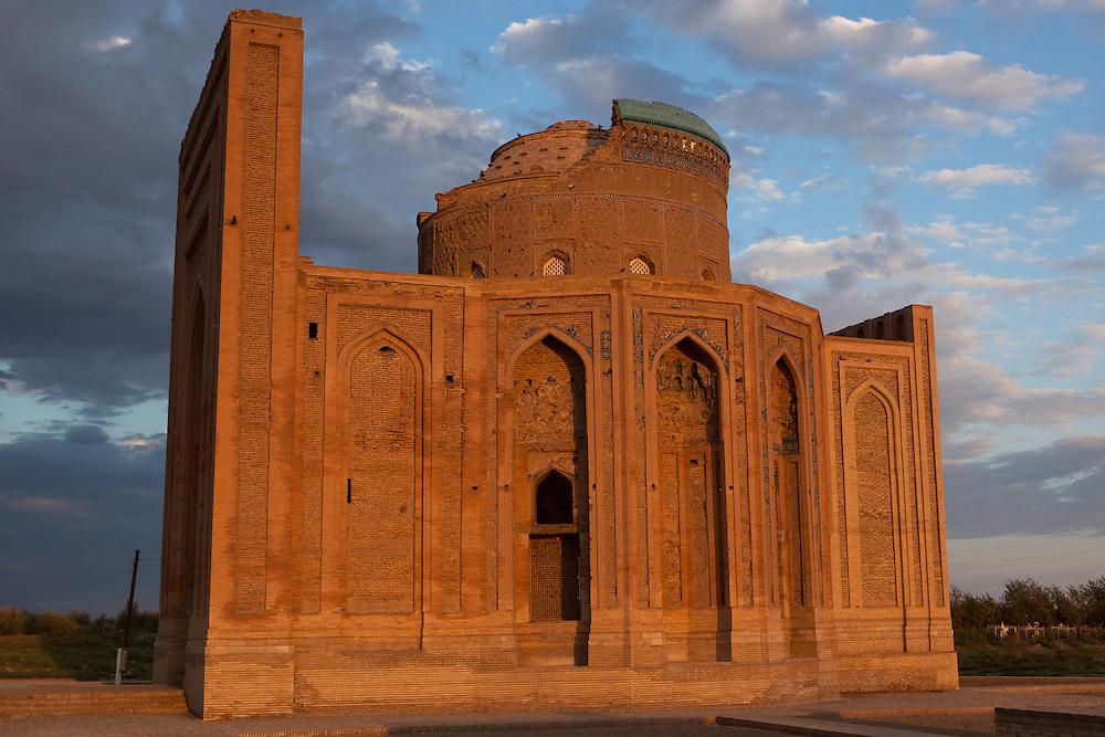 Sunrise at the Turabeg Khayn mausoleum, in the remains of Konye-Urgench, Turkmenistan