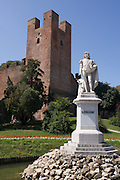 Statue of Italian painter Giorgione (1477/1510) in Castelfranco Veneto, Italy.