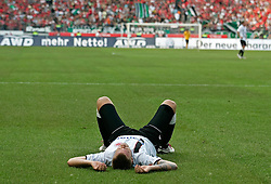 21.08.2010, AWD Arena, Hannover, GER, FBL, Hannover 96 vs  Eintracht Frankfurt, im Bild Marco Russ (Frankfurt #23) liegt am Boden.EXPA Pictures © 2010, PhotoCredit: EXPA/ nph/  Schrader+++++ ATTENTION - OUT OF GER +++++ / SPORTIDA PHOTO AGENCY