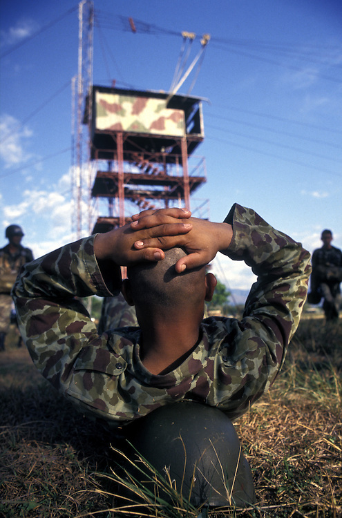 COLOMBIA: Tolemaida .Parachute training for Colombia's elite army forces. Backed by the USA , these troops are tasked with fighting the front line of the War on Drugs