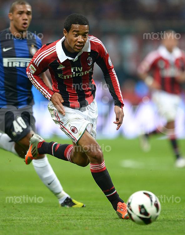 FUSSBALL INTERNATIONAL   SERIE A   SAISON  2012/2013   7. Spieltag AC Mailand  - Inter Mailand                     07.10.2011 Urby Emanuelson (AC Mailand)