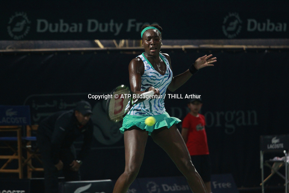 Venus WILLIAMS (USA) <br /> DUBAI 16. February 2015 - Dubai Duty Free WTA Womens tennis event in the United Arab Emirates - UAE, <br /> Tennis in den Vereinigte Arabische Emirate, DUBAI Damen Tennis Match - Honorarpflichtiges Foto, Fee liable image, Copyright &copy; ATP THILL Arthur