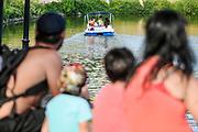 20180218/ Javier Calvelo - adhocFOTOS/ URUGUAY/ MONTEVIDEO/ Parque Rodo/ Nuevas lanchitas en el lago del Parque Rod&oacute;, y un parador en el lago del Parque Rod&oacute; combina el servicio de lanchas con un parador con diversas propuestas culturales y gastr&oacute;nomicas.<br /> En la foto:  Nuevas lanchitas de paseo en el lago del Parque Rod&oacute; de Montevideo. Foto: Javier Calvelo /  adhocFOTOS