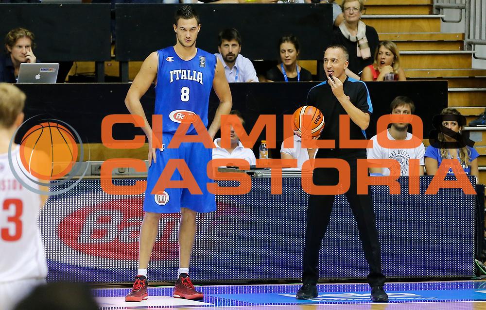 DESCRIZIONE : Trieste Nazionale Italia Uomini Torneo Internazionale Citt&agrave; di Trieste 2015 Italia Russia Italy Russia<br /> GIOCATORE :&nbsp;Danilo Gallinari Carmelo Paternico<br /> CATEGORIA :&nbsp;Arbitro Ritratto<br /> SQUADRA : Italia Italy<br /> EVENTO : Torneo Internazionale Citt&agrave; di Trieste 2015<br /> GARA : Italia Russia Italy Russia<br /> DATA : 30/08/2015<br /> SPORT : Pallacanestro<br /> AUTORE : Agenzia Ciamillo-Castoria/G.Contessa<br /> Galleria : FIP Nazionali 2015<br /> Fotonotizia : Trieste Nazionale Italia Uomini Torneo Internazionale Citt&agrave; di Trieste 2015 Italia Russia Italy Russia