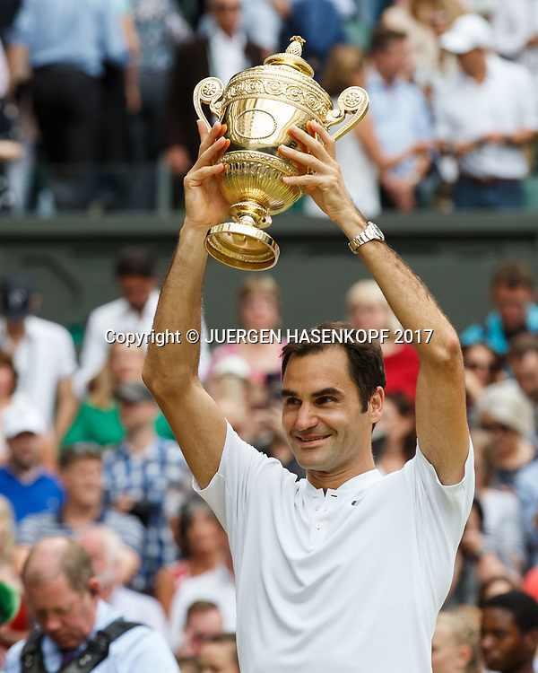 ROGER FEDERER (SUI), Endspiel, Final<br /> <br /> Tennis - Wimbledon 2016 - Grand Slam ITF / ATP / WTA -  AELTC - London -  - Great Britain  - 16 July 2017.