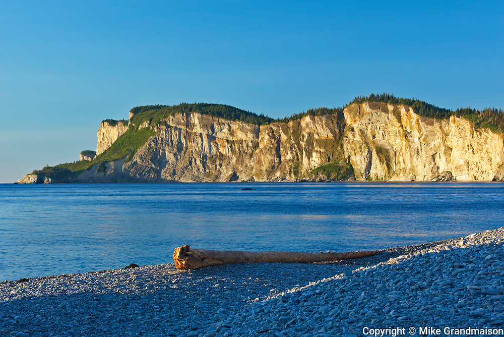 Limestone rcok along Cap Gaspé from Cap-Bon-Ami<br />Forillon National Park<br />Quebec<br />Canada