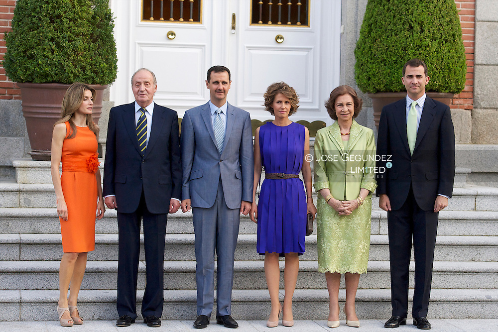 Spanish King Juan Carlos, Queen Sofia, Prince Felipe and Princess Letizia attend the Dinner with the President of the Syrian Arab Republic, Mr. Bashar Al-Assad and Mrs. Asma Al-Assad at Zarzuela Palace in Madrid