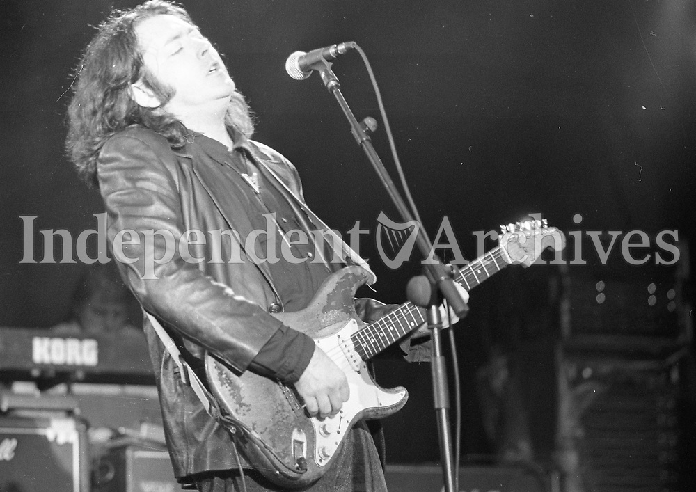 Rory Gallagher, College Green Dublin 15/8/1992.<br />