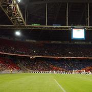 NLD/Amsterdam/20050731 - LG Amsterdam Tournament 2005, Amsterdam Arena, publiek, tribune, lichten, verlichting, veld, grasmat
